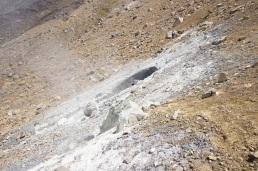 Fumaroles at Emerald Lakes