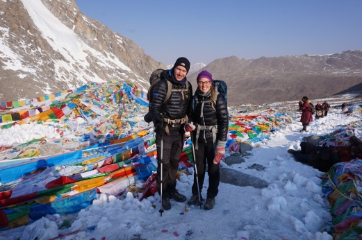 A proud couple in the Dolma La pass, 5630 meters altitude.