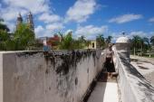 Gitte on the city wall